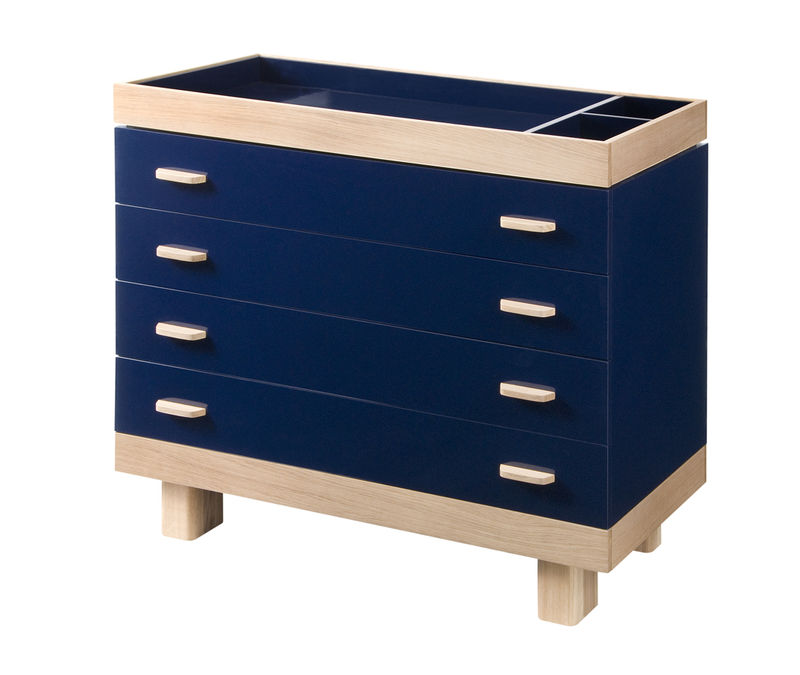 Blue changing table on seamless-FINAL